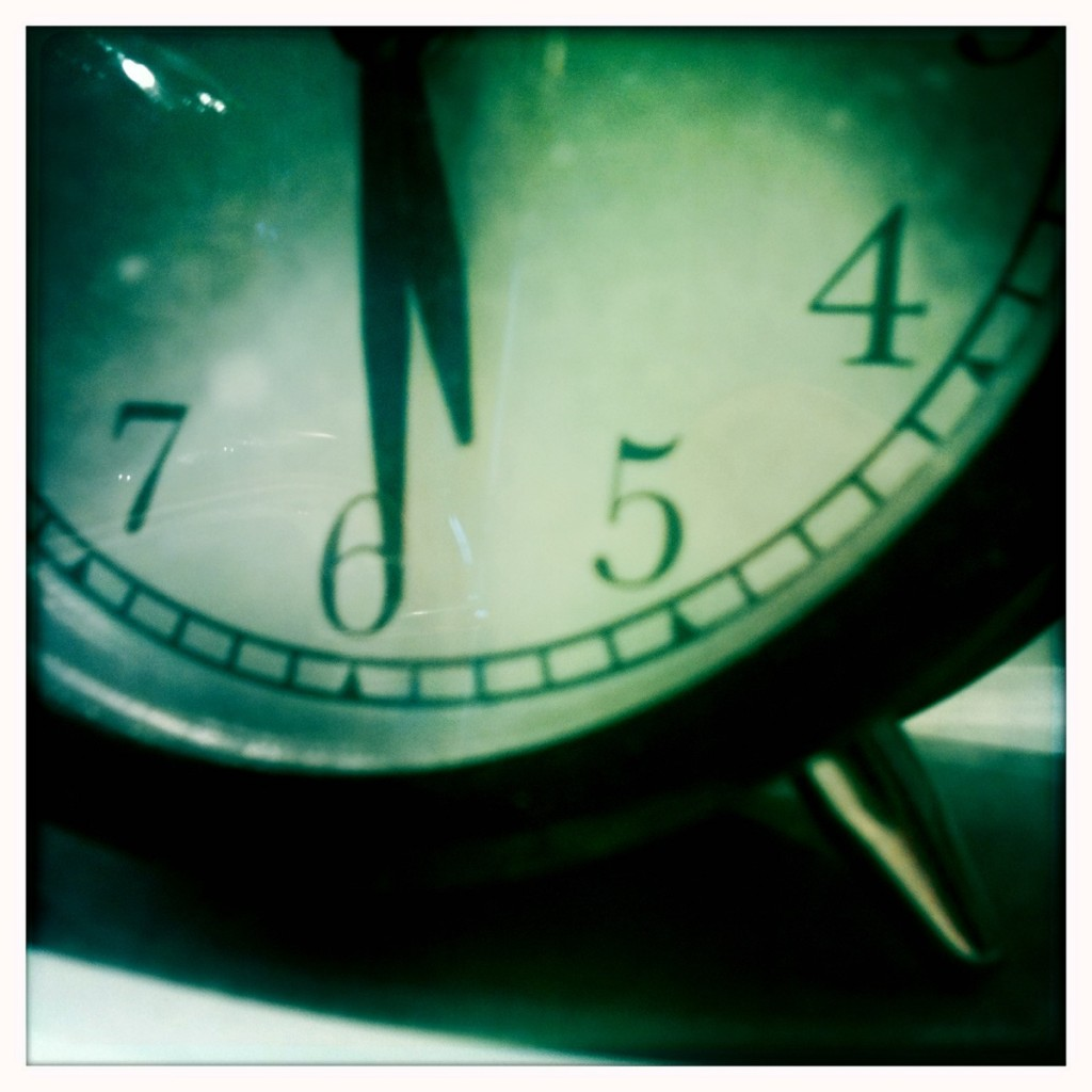 waiting w clock